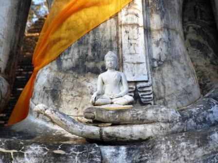 Buddha holds buddha