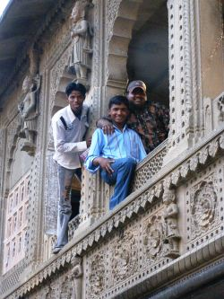 Local lads in Maheswar