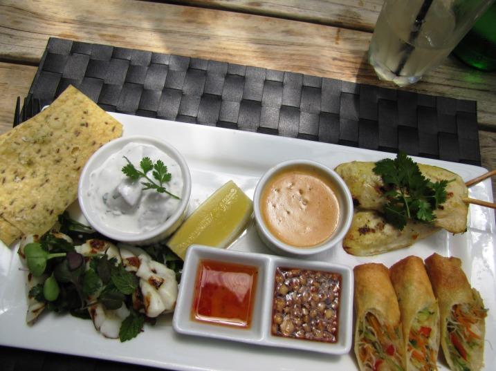 thai tasting plate