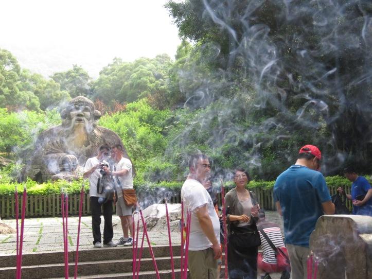 Laojun and smoke