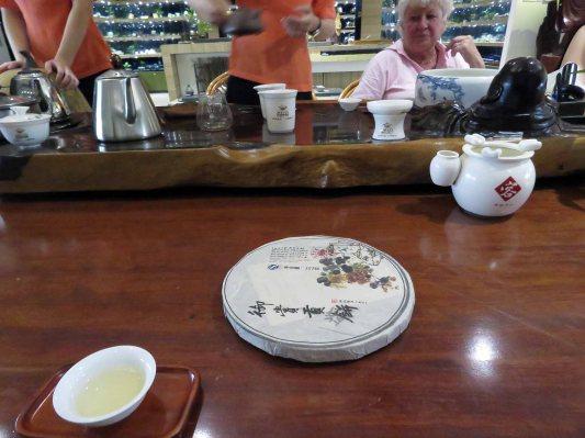 I buy white tea for a friend