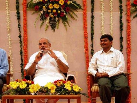 I breakfast with Narenda Modi (then Gujarat's Chief Minister)