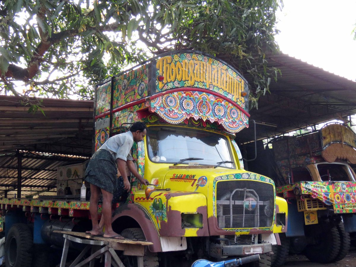 Indian Cooking – and see painted trucks in Kerala