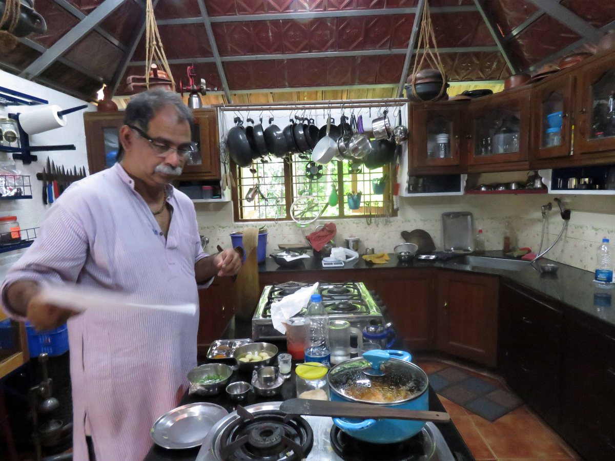 Learn Indian cooking – hands on – in Kerala, India